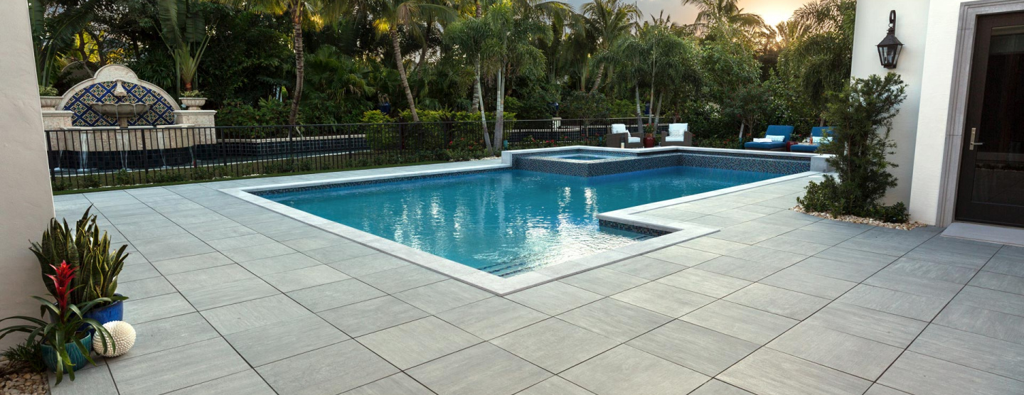 Cover image of outdoor patio featuring Atlas Concorde's Mark porcelain pavers